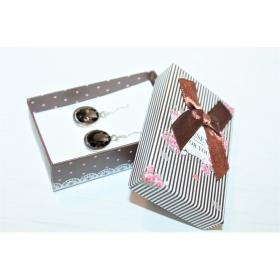 """Kinkekarp kõrvarõngastele/ripatsile/sõrmusele """"Present for You""""  pruun 8*5*2,5cm"""